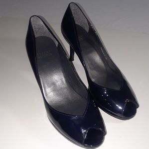 Stuart Weitzman pump shoes